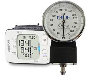Difference Between Manual and Digital Sphygmomanometers
