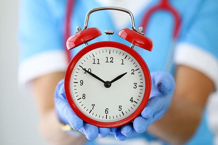 How many hours a week does a nurse work